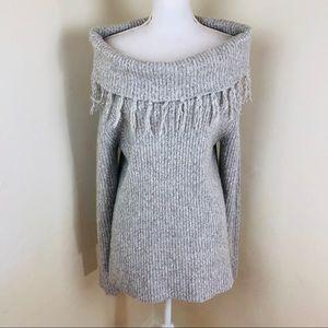 Tart of the shoulder fringe long sweater size M